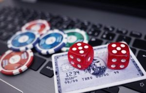 benefits of online casino table games win at the table